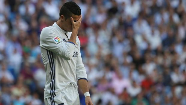 Cristiano, lamentándose de una ocasión marrada en el Real Madrid-Éibar