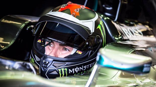Lorenzo se pasa a la Fórmula 1