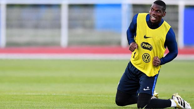 Pogba en un entrenamiento, ayer, con la selección francesa
