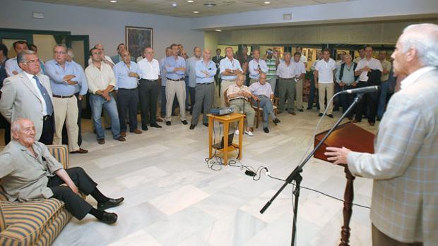 'Béticos por el Villamarín' se desmarca del posible pacto con Lopera y Oliver