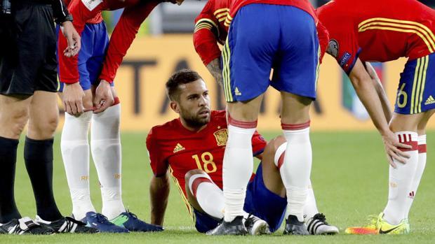 Jordi Alba abandona la concentración