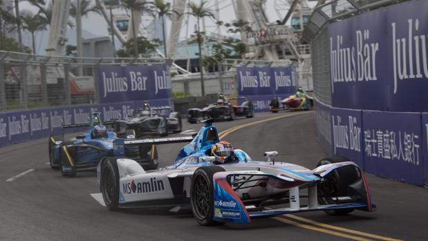 Fórmula E:  Buemi inicia la defensa del título con una victoria