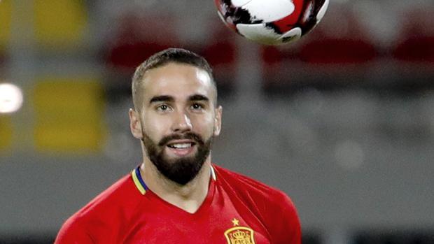 Dani Carvajal, en un entrenamiento con España