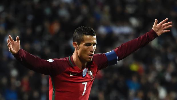 Cristiano Ronaldo celebra su tanto ante Islas Feroe