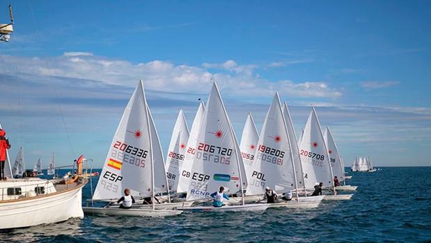 Xammar/Rodríguez en 470 y Blanco en Laser lideran sus respectivas clases