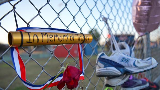 Emotiva vigilia por la hija asesinada de Tyson Gay