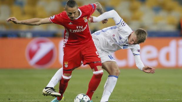 Dinamo Kiev-Benfica:  El Benfica entra en la pelea