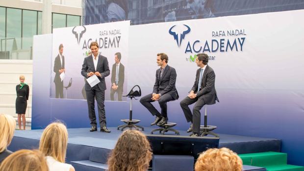 Nadal y Federer inauguran la Rafa Nadal Academy