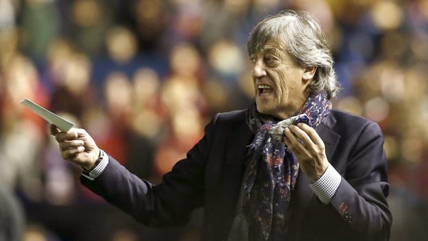 Enrique Martín, destituido este lunes como entrenador del Osasuna