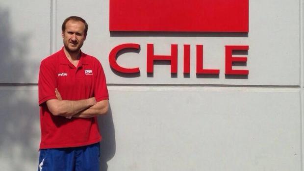 Richi Dávila, durante su etapa al frente de la selección chilena