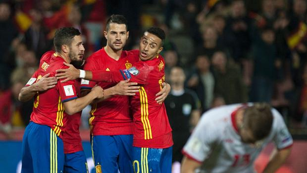 Silva lidera la España más floja de Lopetegui