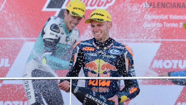 Brad Binder, en el podio del Gran Premio de Valencia