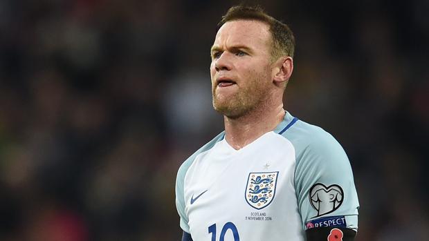 Rooney no estará frente a España por unas molestias en la rodilla