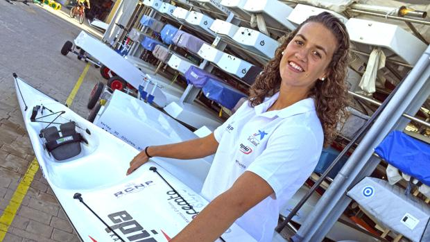 Dos centenares de palistas en el Trofeo La Caixa del RCNP