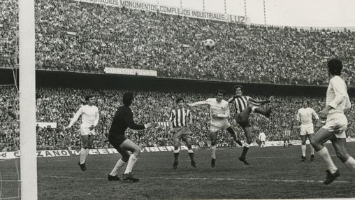 Luis Argaonés, en aquel triunfo ante el Madrid