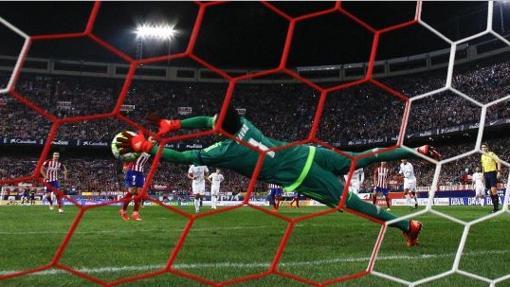 Navas paró el pasado curso un penalti a Griezmann
