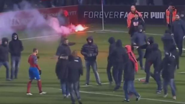 Los ultras del Helsingborg agreden al hijo de Larsson