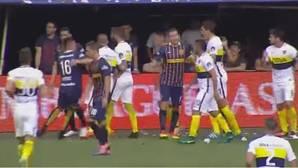 La descomunal bronca del narrador tras el gesto del goleador