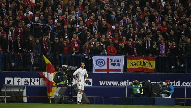 Atlético-Real Madrid:  Los insultos del Calderón: «Llega la peste, llega el madridista»