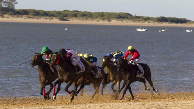 La 172 edición de las carreras en las playas sanluqueñas cierra sus fechas