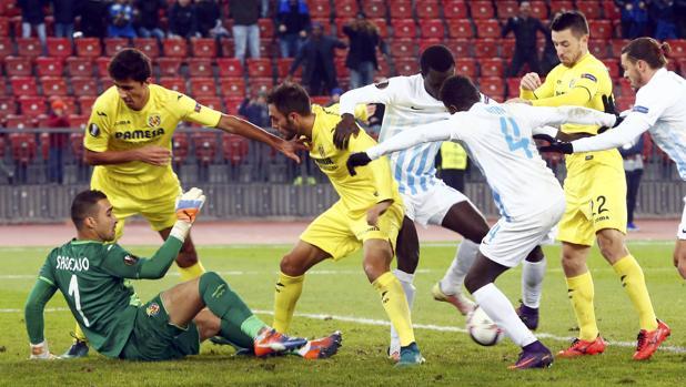 El Villarreal desperdicia su oportunidad