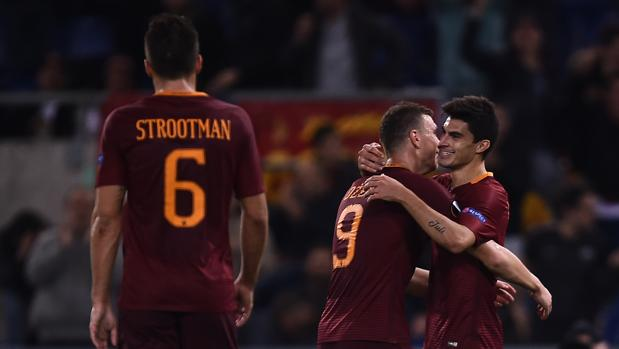 El increíble gol de rabona de Perotti