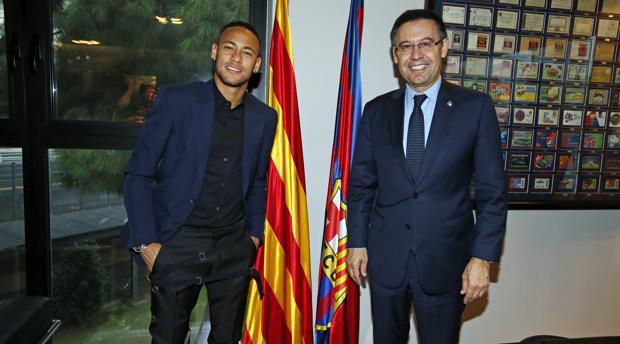 Bartomeu y Neymar. Hacienda pide al Barcelona 19 millones