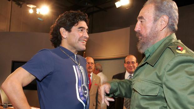 Maradona y Fidel Castro, en una imagen de 2005