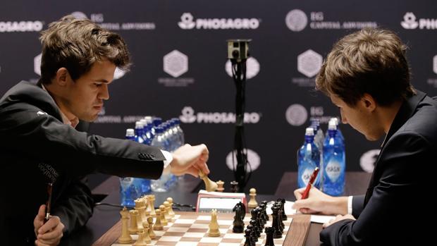 Mundial de ajedrez:  Magnus Carlsen, campeón del mundo tras romper el muro ruso