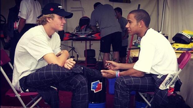 El cariñoso guiño a Nico de su viejo amigo Lewis