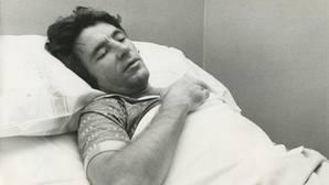 Ángel Nieto en el hospital tras el accidente de Benidorm