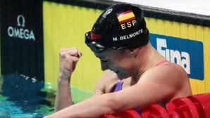 Mireia Belmonte celebra el oro en 200 mariposa