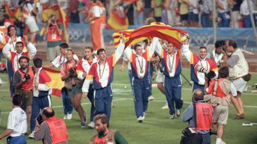 Los jugadores celebran el triunfo en el Camp Nou