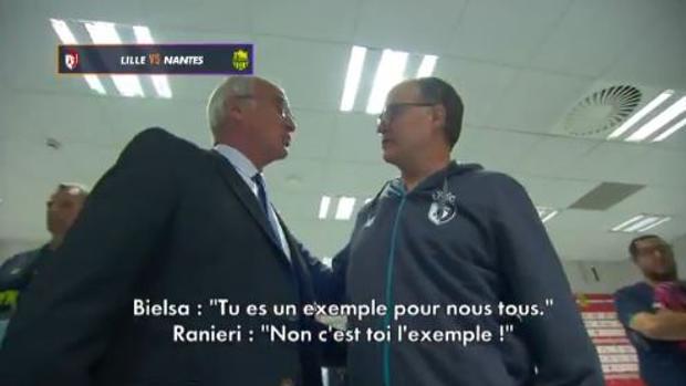 Bielsa y Ranieri en el túnel de vestuarios