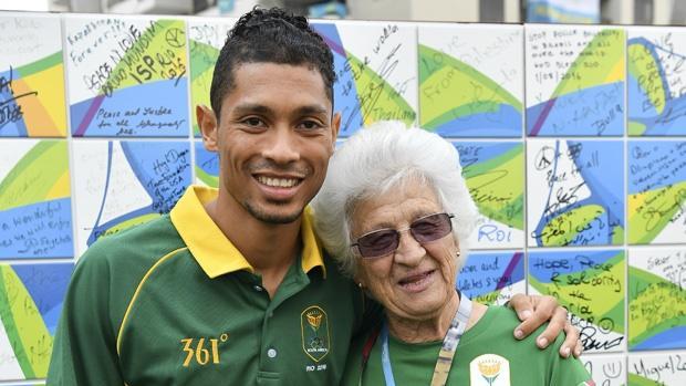 La hora de Van Niekerk y su entrenadora bisabuela