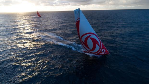 El «Dongfeng» se impuso al «Mapfre» en la Fastnet por 56 segundos tras dos días y medio de regata
