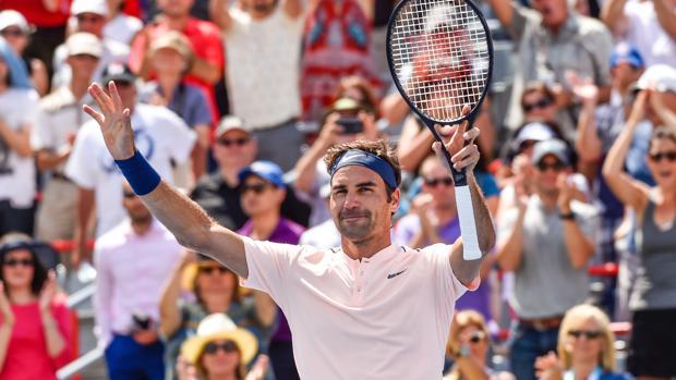 El tenista suizo Roger Federer celebra su victoria
