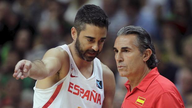 Juan Carlos Navarro, con Sergio Scariolo
