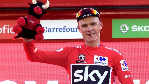 Chris Froome, en el podio de Tomares tras la 13ª etapa