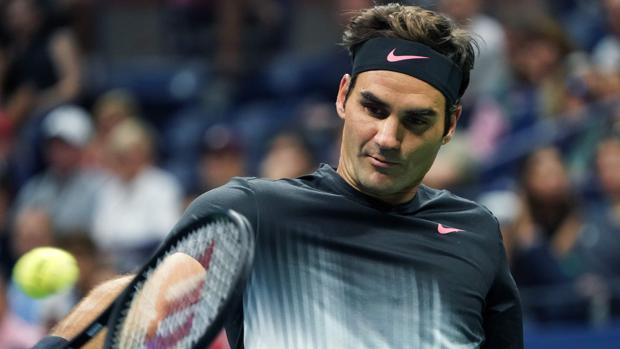 Roger Federer, durante su partido ante el alemán Philipp Kohlschreiber