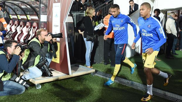 Neymar y Mbappe, compañeros en el PSG