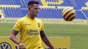 Las Palmas reclama ante la Liga que el Sevilla le pague por Vitolo