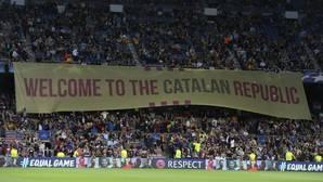 Pancarta en la grada del Camp Nou desplegada en el Barcelona-Juventus