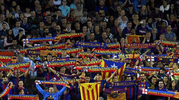 Liga:  El Español notificará el «conjunto real de insultos» recibidos en el Camp Nou