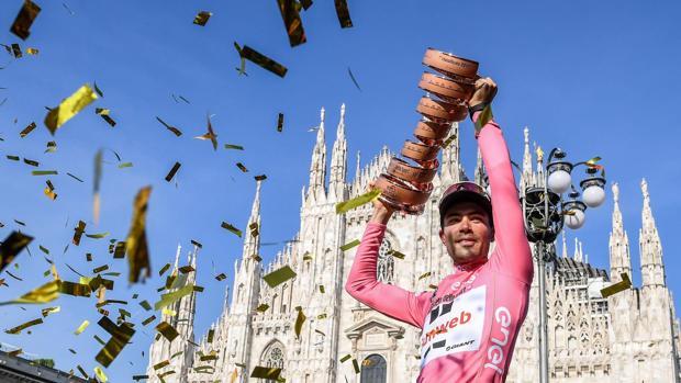 Tom Dumoulin tras su victoria en la última edición del Giro