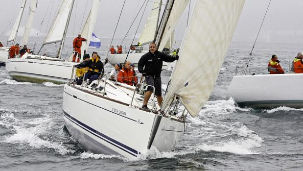 «Yamamay» gana la regata costera de la Copa Getxo