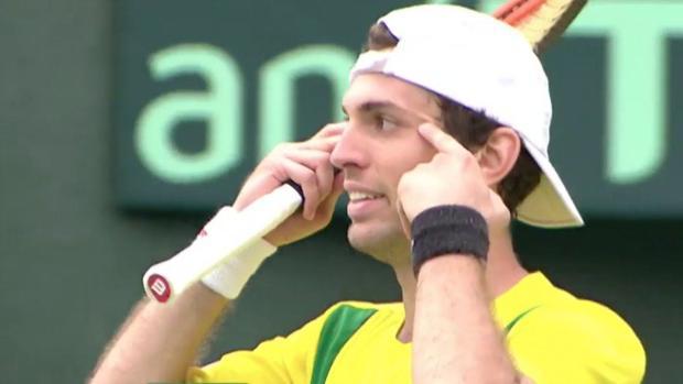 Copa Davis:  El mal gesto de un tenista brasileño a la afición japonesa