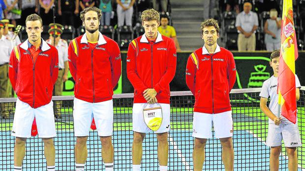 El equipo español en uno de sus últimos partidos