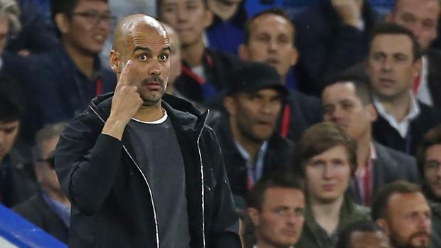 Pep Guardiola, durante un partido del Manchester City
