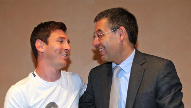 Leo Messi y Josep Maria Bartomeu durante un encuentro entre ambos